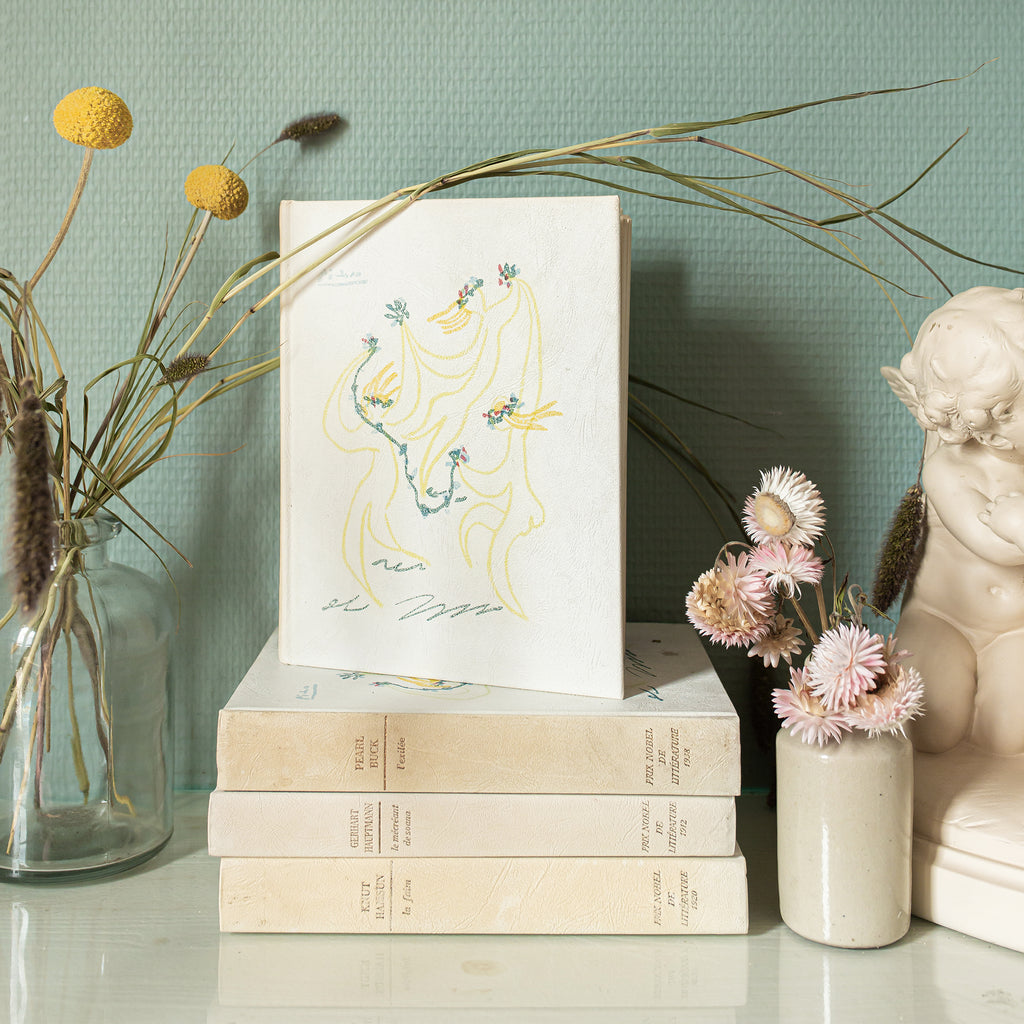 Vintage Picasso Nobel Prize in Literature Books sold on www.madamedelamaison.com