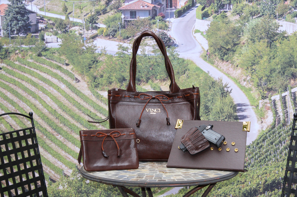 Elena tote in brown soft leather.