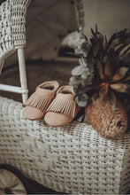 Baby Fringe Moccasin | Salmon Leather