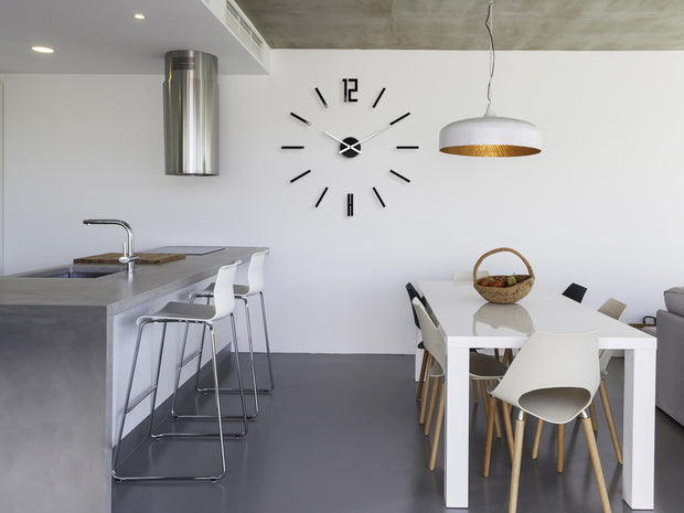 Minimalistic Black Wall Clock - schmoo.shop