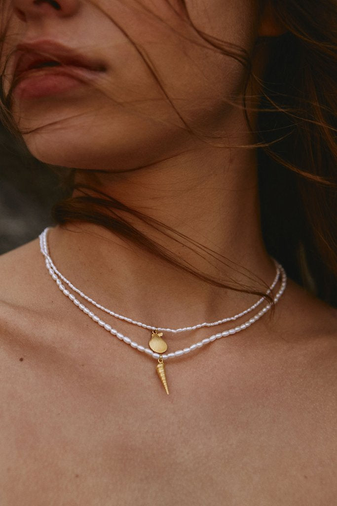 Anni Lu | Shell & Pearl Necklace