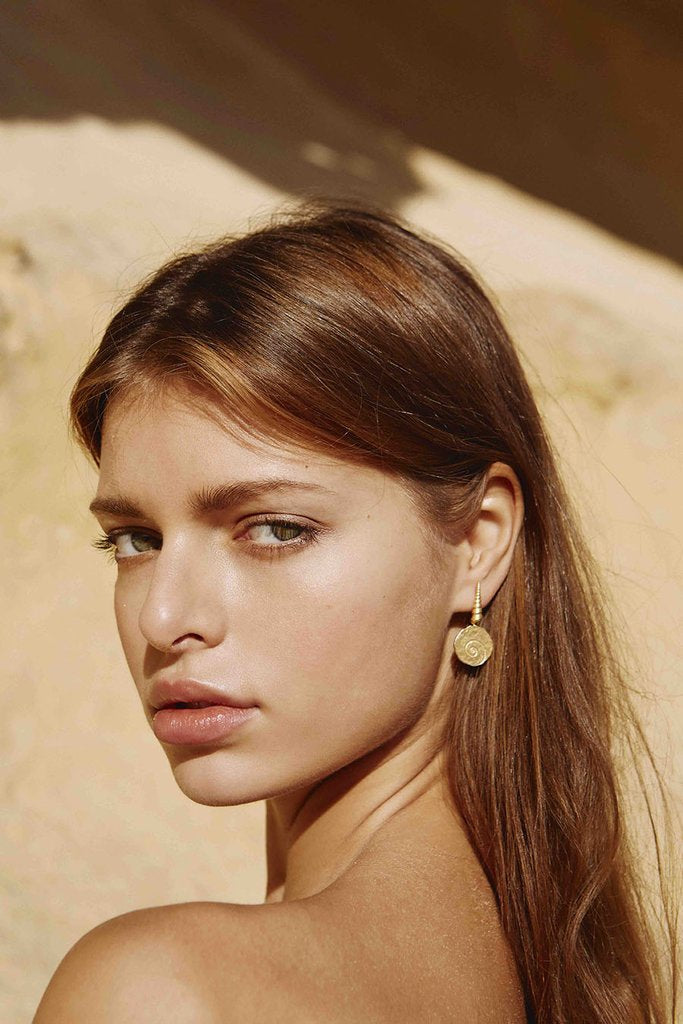 Anni Lu | Large Shell Earrings (Pair)