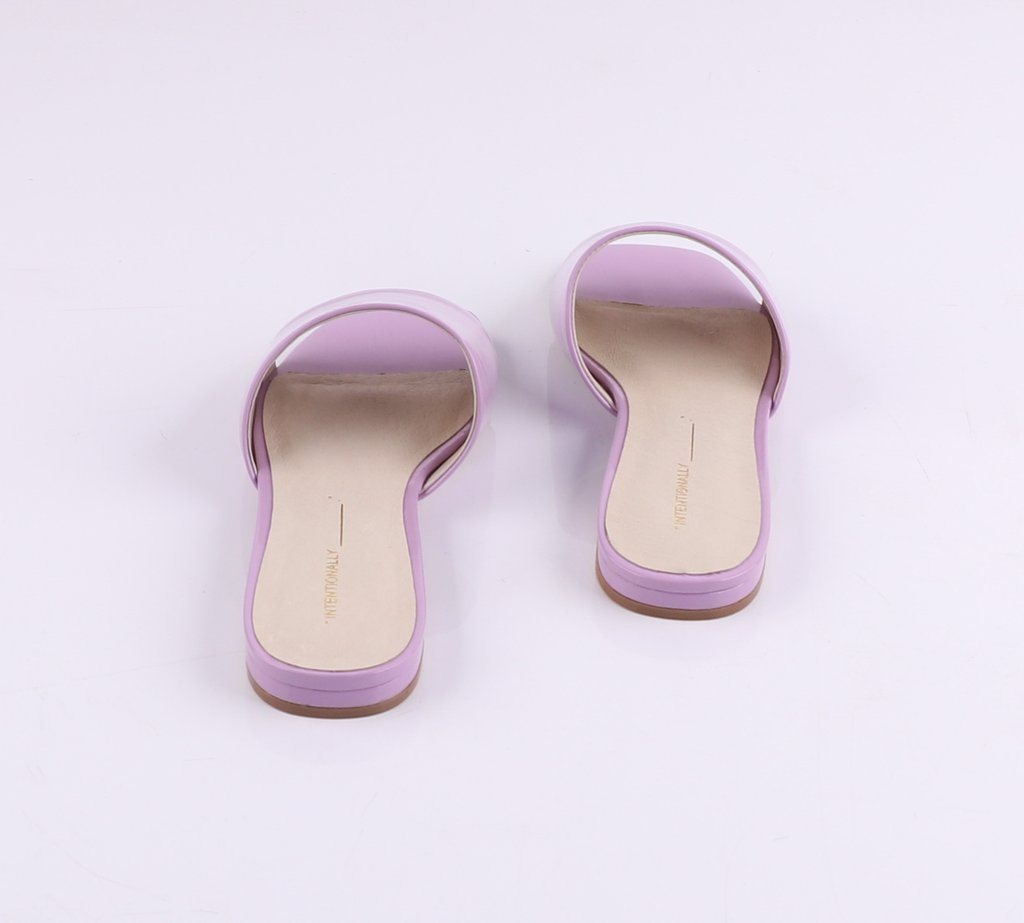 Intentionally Blank | Jessica Slide - Lilac