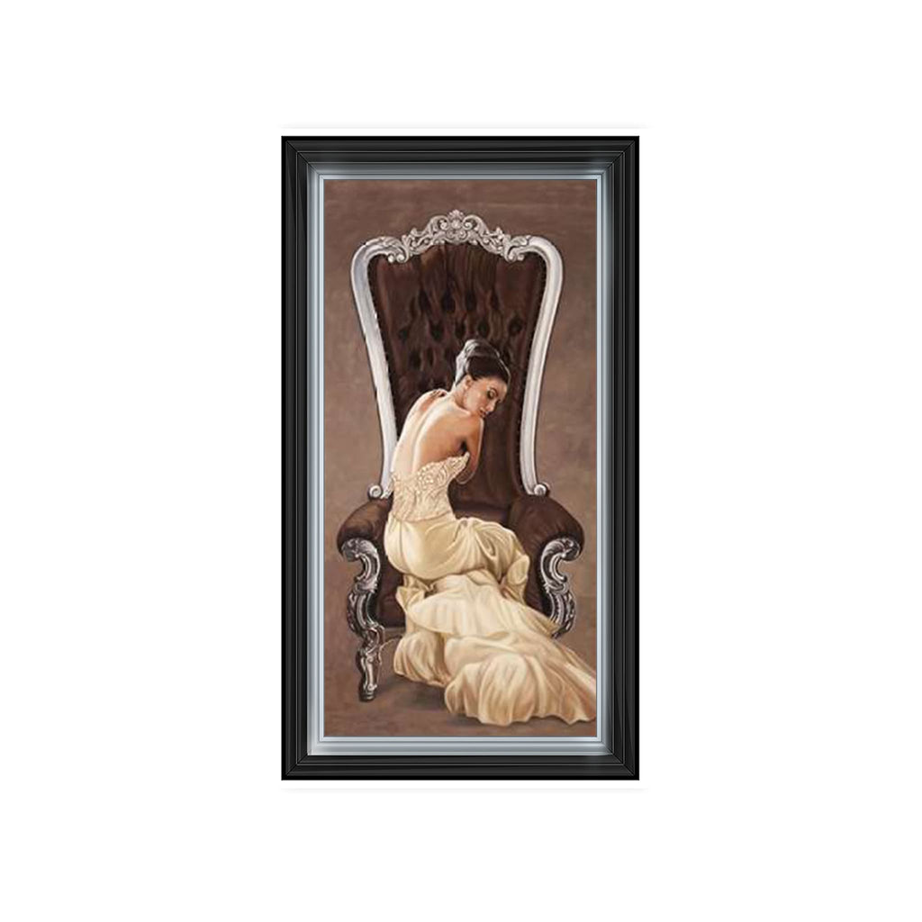 Beautiful Dress Queen 1 Art Framed Graphic Print - Wall Art