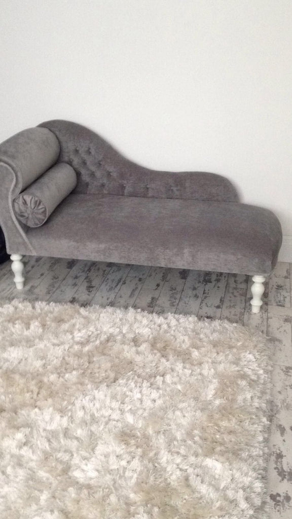 Small Traditional Light Grey Velvet Chaise - Made to Order - Chaise Longue