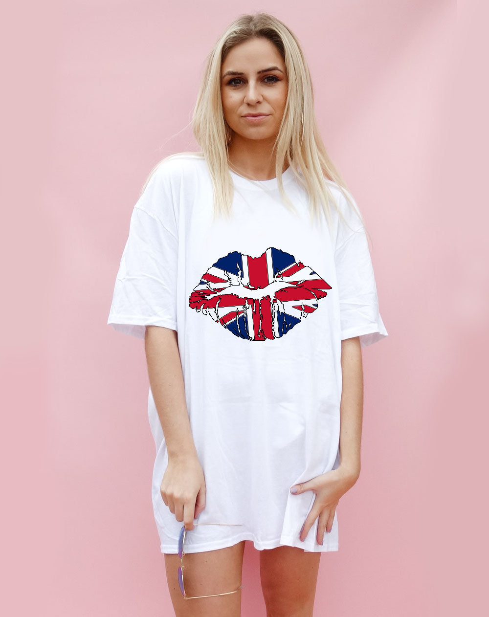 United Kiss Tshirt in White