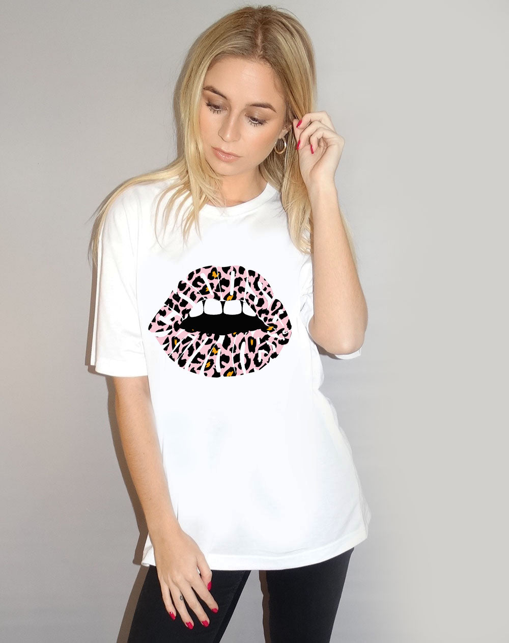 White Tshirt with Choose Kindness Pink Leopard Lips