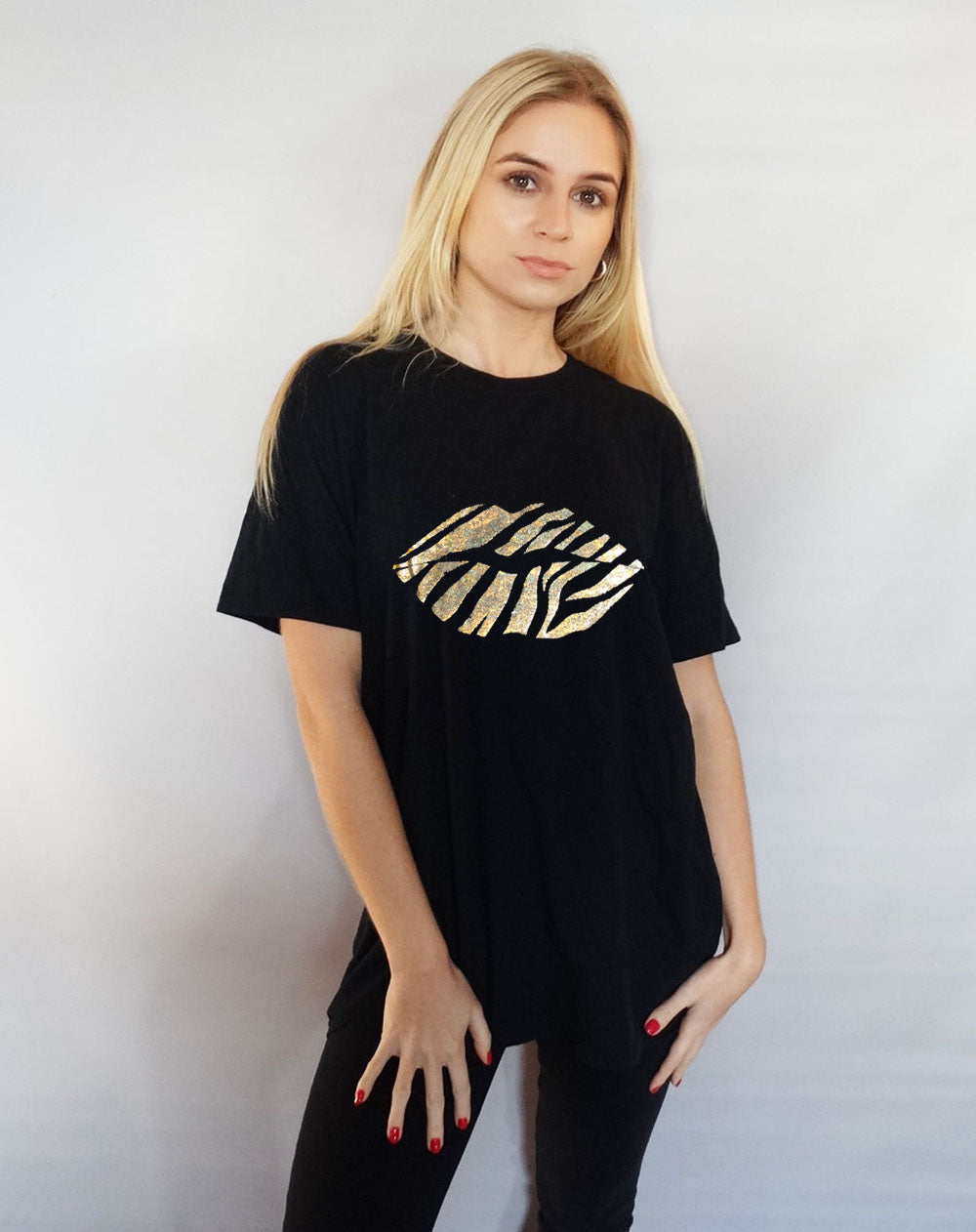 Gold Holographic Zebra Lip Print T-shirt in Black