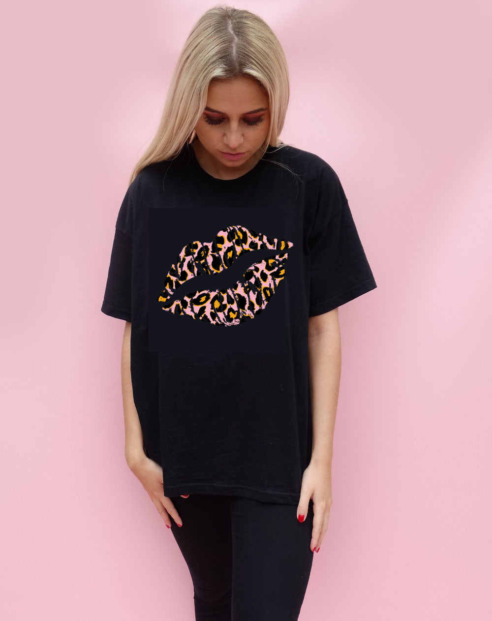 Pink and Orange Leopard Graphic Lip T-shirt in Black