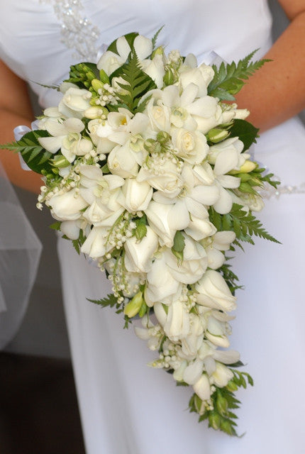 Alex Perry - WEDDINGS in SYDNEY (Bridal Bouquet)