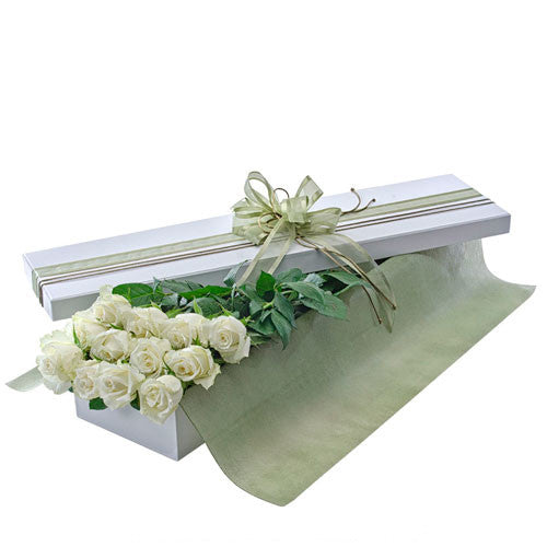 Seduction - 12 WHITE ROSES - (Valentine Boxed Roses)