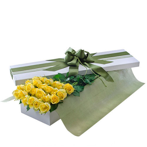 Irresistible - 24 YELLOW ROSES (Valentine Boxed Roses)