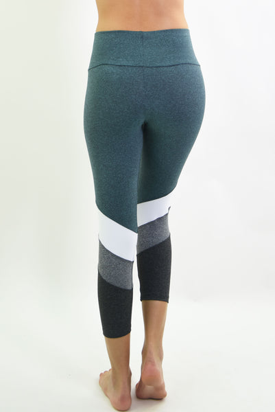 RIO GYM Naiara Capri - Midnight Green yoga wear for women