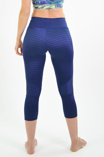 RIO GYM Joanna Navy Capri yoga wear for women
