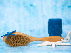 Is Dry Brushing Really Good For Your Face? + How To Do It Right