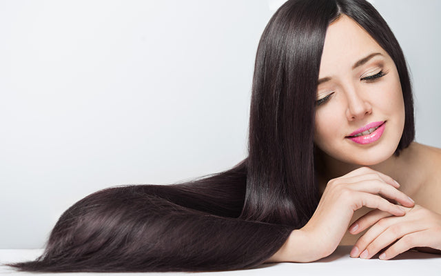 Why pH Of Your Hair Matters & How To Balance It Naturally