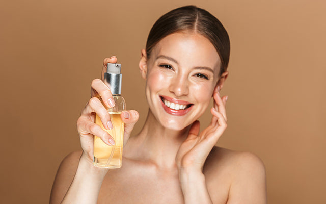 How To Oil Cleanse Your Face For Maximum Benefits?