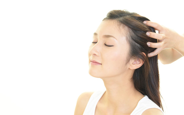 How To Massage Your Scalp For Hair Growth & Other Benefits