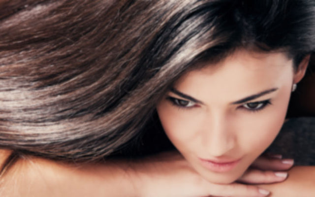 How To Get Shiny Hair With These Simple Tips