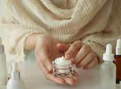How To Take Care of Skin In Winter?( Do's & Don'ts)
