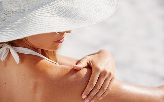 Summer Making Your Skin Oily? Here's What You Can Do!