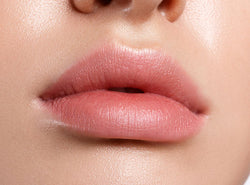 8 Tips To Have Pink Lips Naturally + Foods To Eat