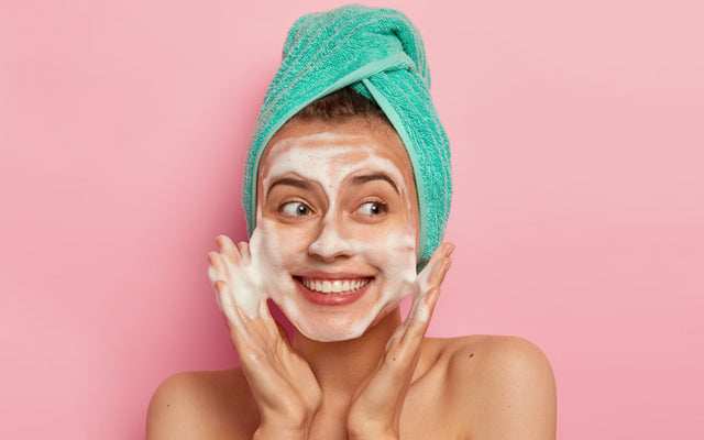 How To Choose The Best Cleanser For Oily Skin