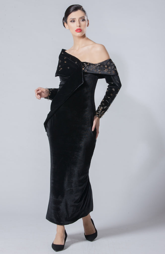 Velvet Embellished Dress with Removable Sleeves