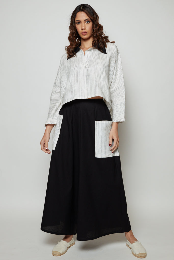 Oversized pants with stripy double pockets