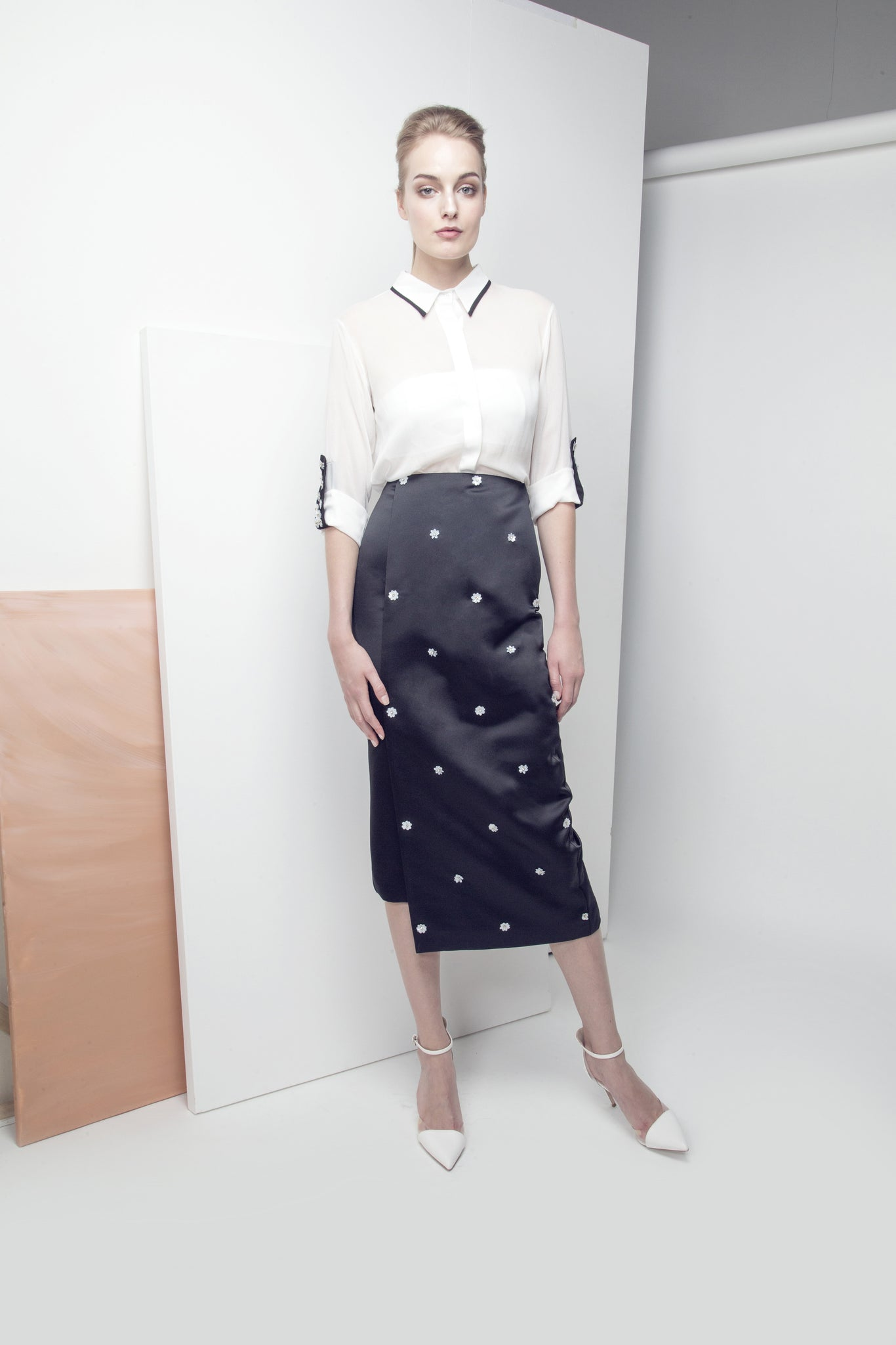 Sequin Flower-Embellished Asymmetrical Pencil Crepe Skirt