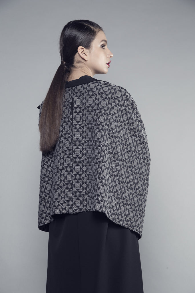 Collared Geometric Crepe Abaya