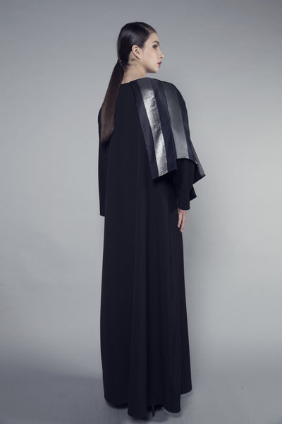 Metallic Stripe Shoulder Crepe Abaya