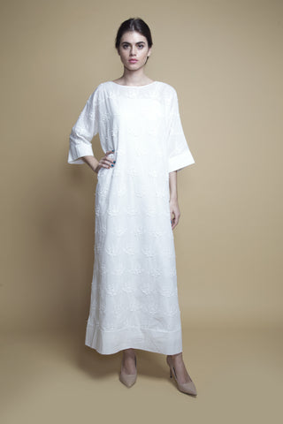 Folded-Cuff White Cotton Eyelet Kaftan