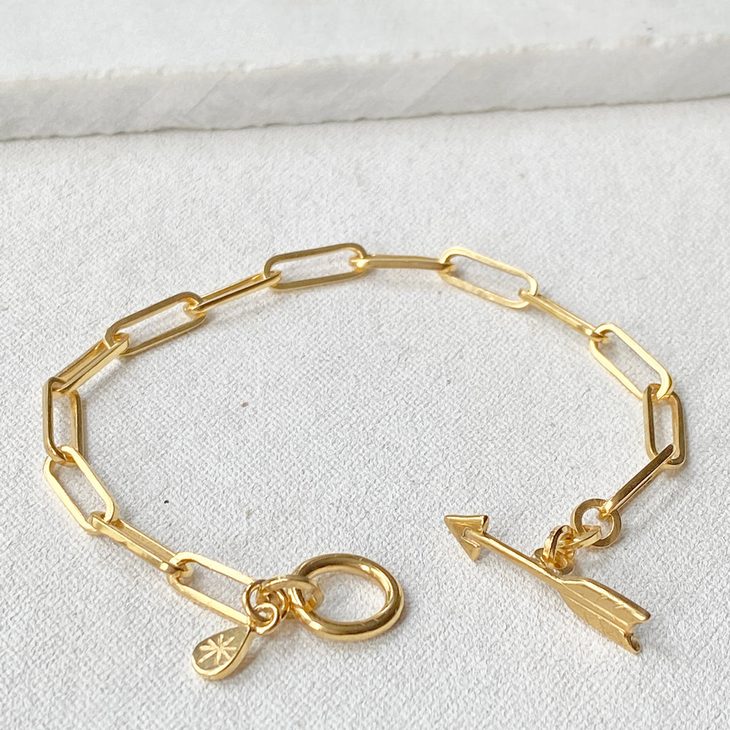 Chain Gold Bracelet with Arrow