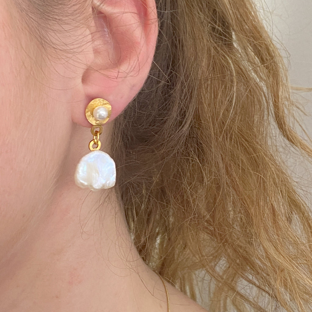 Pearl Molten Gold Earring