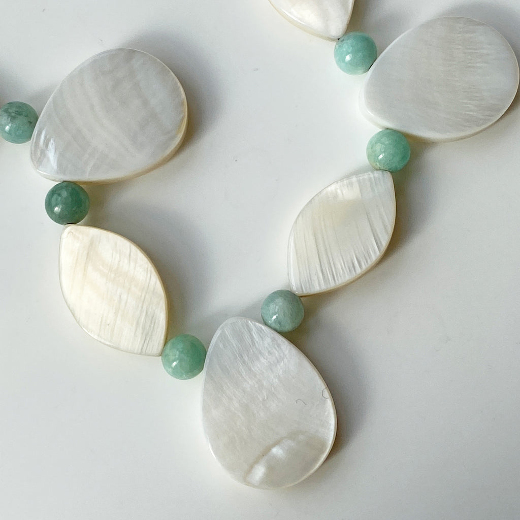 Mother of Pearl Amazonite Collar Necklace