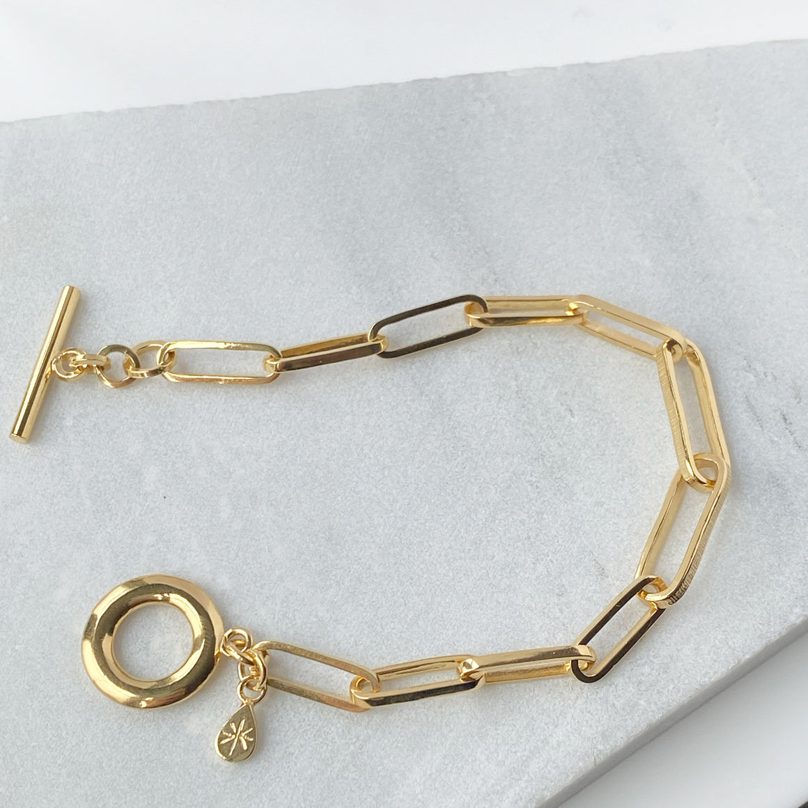 T Bar Chain Bracelet Gold