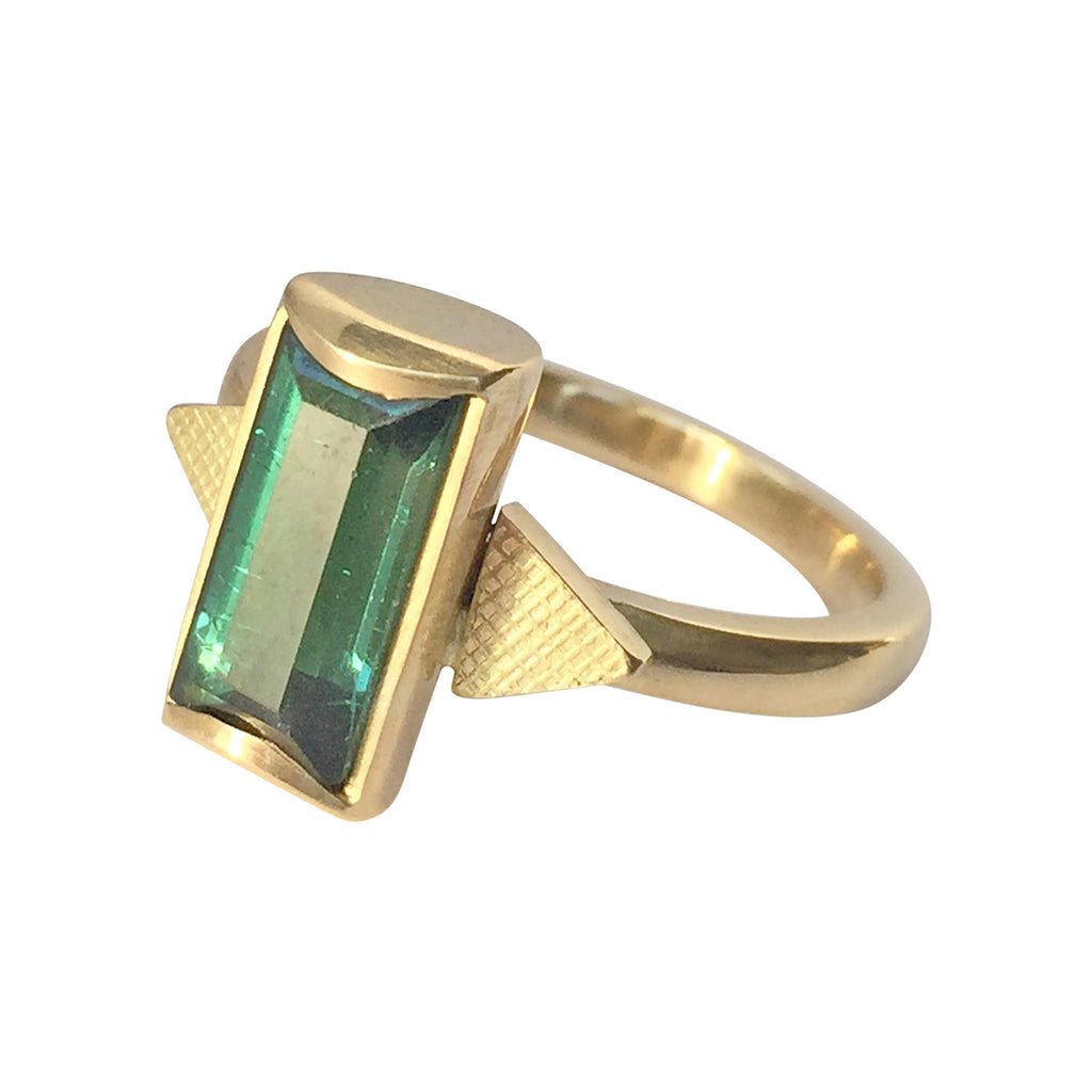 Tourmaline and 18ct Gold Ring