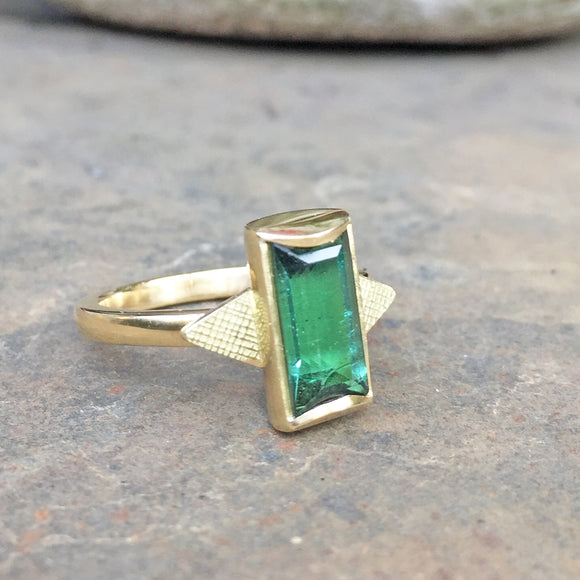 Green Tourmaline 18ct Gold Ring
