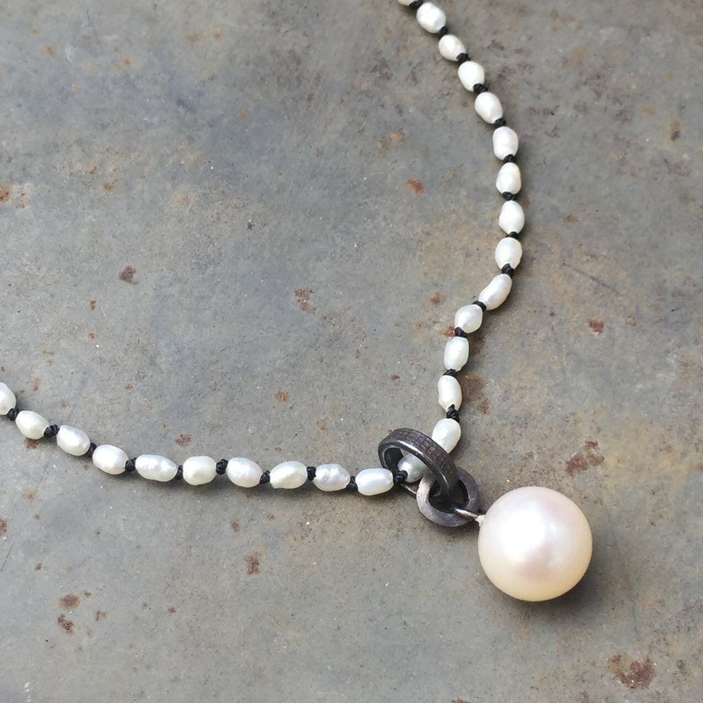 Seed Pearl Black and White Necklace