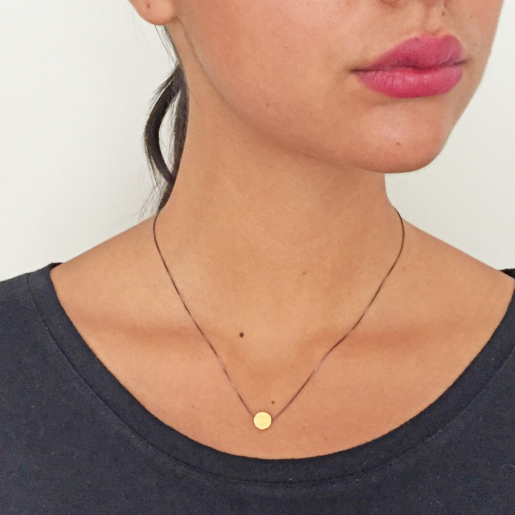 Dot Pendant Gold