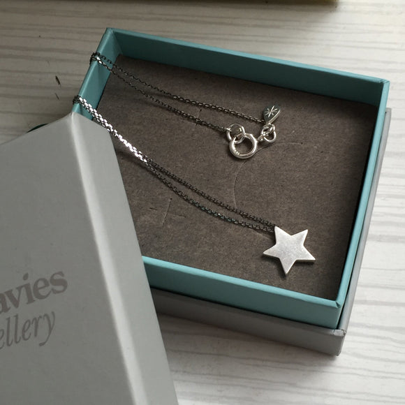 Star Pendant in Silver