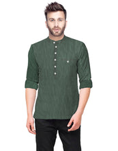 Tripr  Men Textured Pure Cotton Straight Kurta  (Green)