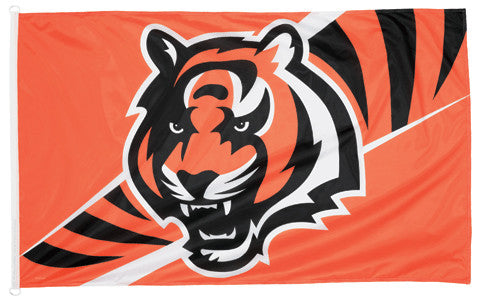 Cincinnati Bengals Official NFL Football 3'x5' Flag - Wincraft Inc.
