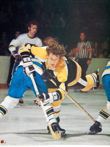 "Bobby Orr ""Unstoppable"" Boston Bruins NHL Action Poster - Sports Posters Inc. 1975"