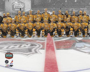 Boston Bruins Fenway Park Winter Classic 2010 Team Portrait Premium Poster Print (16x20)