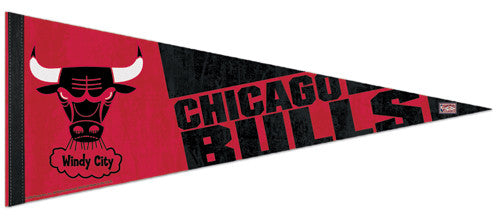 "Chicago Bulls ""Windy City"" Premium Felt Pennant - Wincraft"