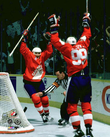Wayne Gretzky and Mario Lemieux Canada Cup 1987 Winning Goal Premium Poster - Photofile Inc.
