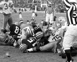 "Green Bay Packers vs. Dallas Cowboys ""The Ice Bowl"" (Winning TD) Premium Poster Print - Photofile"