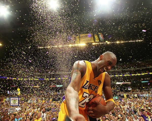 "Kobe Bryant ""Confetti Celebration"" (Los Angeles Lakers 2010 NBA Championship) Premium Poster Print - Photofile 20x24"